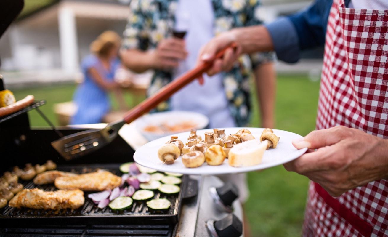 Les beaux jours reviennent, la tendance c'est le barbecue dans le jardin
